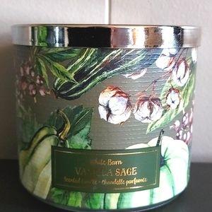 💕🦚 BBW Vanilla Sage Candle White Barn